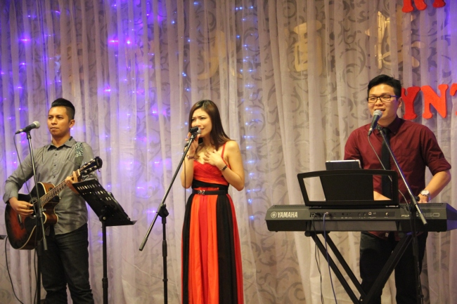 best live band in malaysia, best wedding live band in kl, best wedding live band in malaysia, kuala lumpur, live band service, malcolm music, malcolm music live band, sports toto, the wedding band, wedding, wedding band in kl, wedding live band, wedding live band in kl, Wedding reception, wedding singer, wedding singer in kl, 无穷音乐,不插电乐队,婚宴,歌手,婚宴歌手,乐队,吉隆坡乐队,best wedding live band, ricky, cynthia, v garden, klang, 1 november 2014,