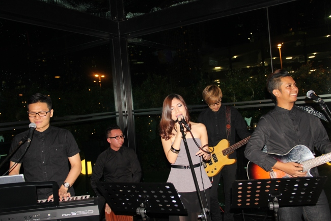best live band in malaysia, best wedding live band in kl, best wedding live band in malaysia, kuala lumpur, live band service, malcolm music, malcolm music live band, sports toto, the wedding band, wedding, wedding band in kl, wedding live band, wedding live band in kl, Wedding reception, wedding singer, wedding singer in kl, 无穷音乐,不插电乐队,婚宴,歌手,婚宴歌手,乐队,吉隆坡乐队,best wedding live band, check 6, marble 8, check six, company function, company event, 14 nov 2014,