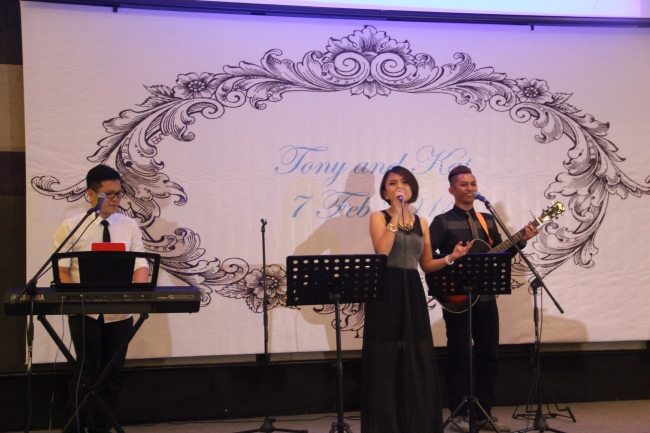 best live band in malaysia, best wedding live band in kl, best wedding live band in malaysia, kuala lumpur, live band service, malcolm music, malcolm music live band, sports toto, the wedding band, wedding, wedding band in kl, wedding live band, wedding live band in kl, Wedding reception, wedding singer, wedding singer in kl, 无穷音乐,不插电乐队,婚宴,歌手,婚宴歌手,乐队,吉隆坡乐队,best wedding live band, tony, kate, katherine, katherine koh, thistle, port dickson, 7 february 2015,